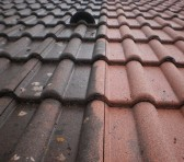 Pourquoi procéder au demoussage de la toiture ? thumbnail